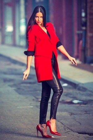 Adriana Lima photo shoot for Maybelline