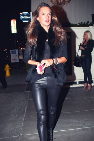 Alessandra Ambrosio was spotted arriving at restaurant Bagatelle