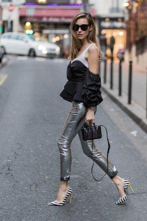 Alexandra Lapp street style in Paris #2