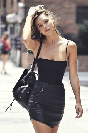 Alexis Ren out in NYC