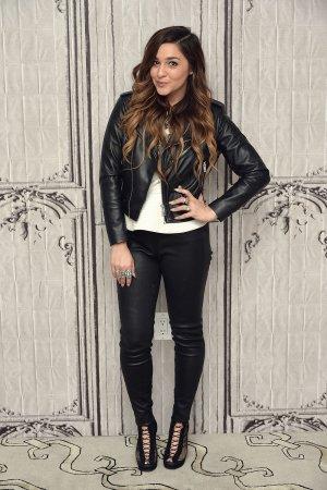 Alisan Porter attends season 10 Winner of The Voice