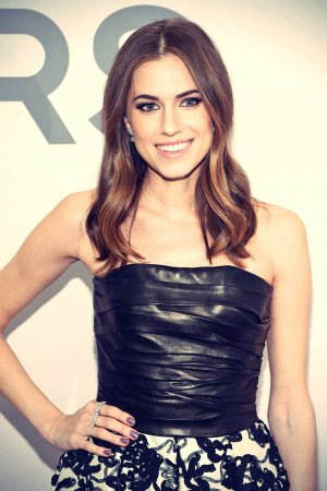 Allison Williams attends Michael Kors Miranda Eyewear Collection Launch