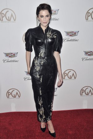 Allison Williams attends Producers Guild Awards