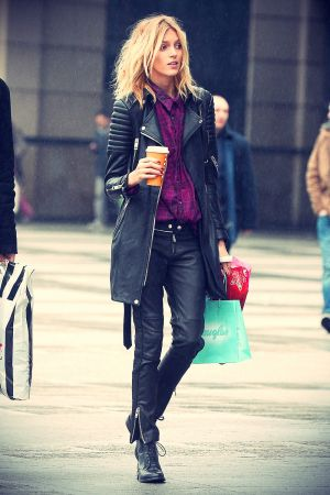 Anja Rubik Christmas shopping in Warsaw