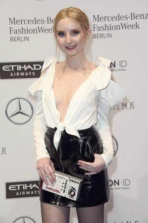 Anna Hiltrop attends the Hien Le show