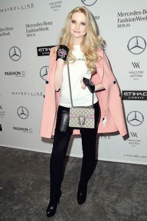 Anna Hiltrop attends the Maisonnoee show