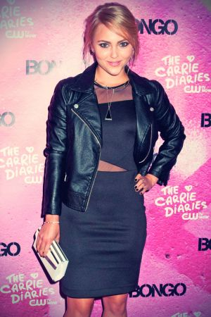 Anna Sophia Robb attends The Carrie Diaries season two premiere party