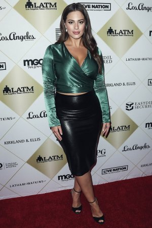 Ashley Graham attends Los Angeles Team Mentoring's 20th Annual Soiree