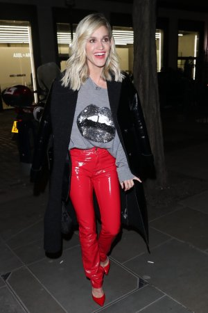 Ashley Roberts looks hot in red trouser celebrates valentine with friends