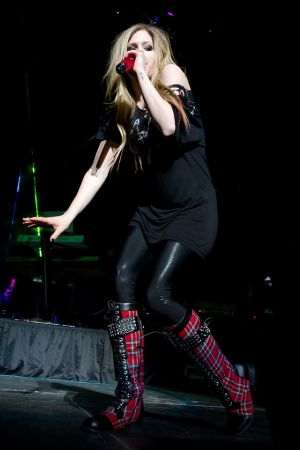Avril Lavigne at Jingle Ball 2011