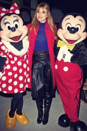 Bella Thorne attends Magnificent Mile Lights Festival