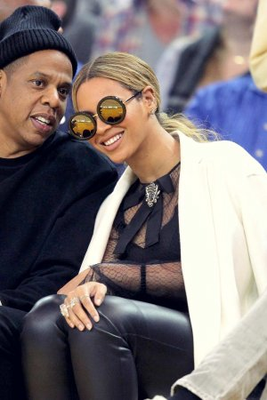 Beyonce at Oklahoma City Thunder vs. Golden State Warriors game