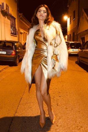Blanca Blanco looks stylish as she struts her stuff