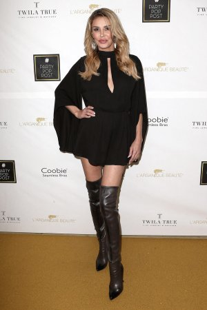 Brandi Glanville attends PartyPopPost