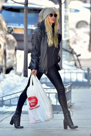 Candice Swanepoel shopping in NYC