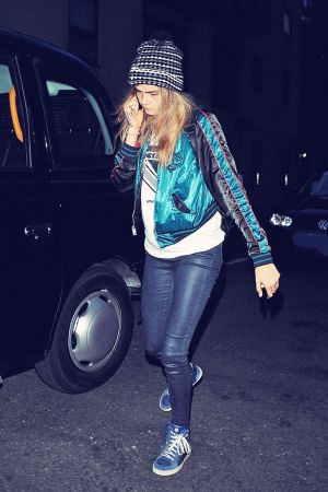Cara Delevingne heads out to grab dinner at Boom Burger