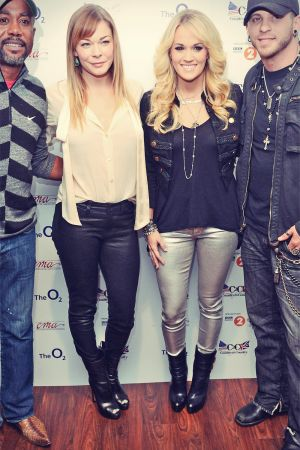 Carrie Underwood & LeAnn Rimes attend Country To Country Festival