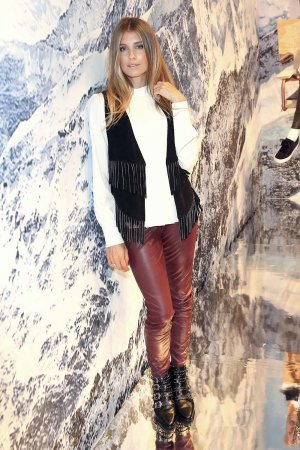 Cathy Hummels attends the KONEN fw season opening