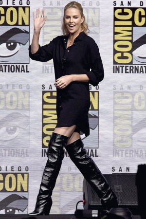 Charlize Theron attends EW's Women Who Kick wrongside Icon Edition