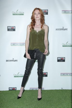 Chloe Dykstra attends 14th Annual Oscar Wilde Awards