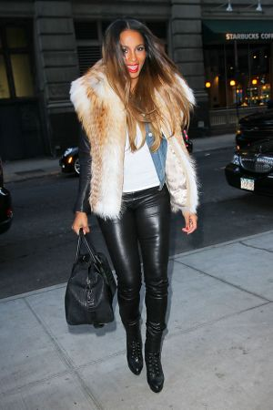 Ciara heading to the Knicks game in NYC