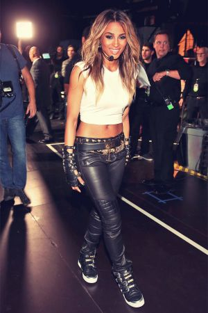Ciara performs onstage during VH1 Divas 2012