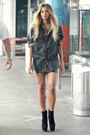 Ciara spotted arriving at LaGuardia airport