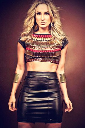 Claudia Leitte Denuncia Fall Winter 2013