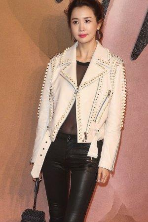 Da-Hae Lee attends The Fashion Awards 2016