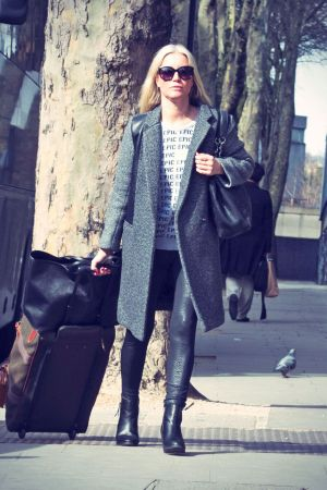 Denise van Outen heads off to Euston train station