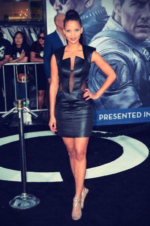 Denise Vasi attends Premiere Oblivion