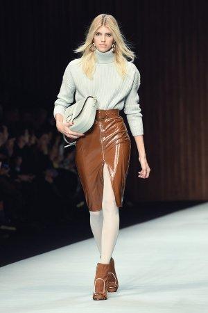 Devon Windsor walks the runway for Elisabetta Franchi show