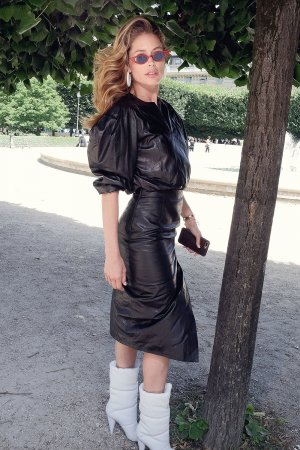 Doutzen Kroes attends Louis Vuitton show