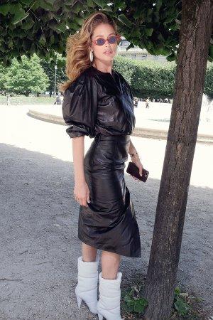 Doutzen Kroes attends Louis Vuitton show