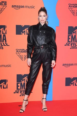 Doutzen Kroes attends MTV Europe Music Awards