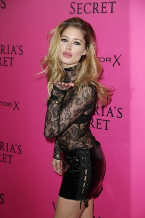 Doutzen Kroes attends Victoria's Secret Fashion Show