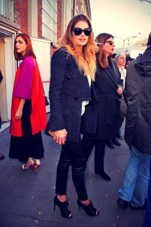 Doutzen Kroes leave the Fendi Fashion Show