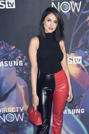 Eiza Gonzalez attends 2018 DIRECTV NOW Super Saturday Night Concert