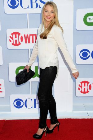 Elisabeth Harnois at CW, CBS and Showtime Summer TCA Party