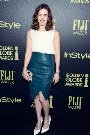 Elizabeth Henstridge attends HFPA And InStyle Celebrate The 2016 Golden Globe Award Season