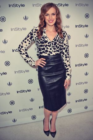 Elizabeth Henstridge attends InStyle Summer Soiree