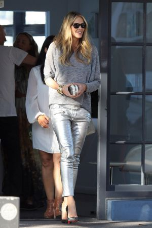 Elle Macpherson after Lunch in Sydney