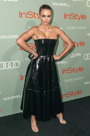 Elyse Knowles attends Women of Style Awards
