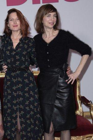 Emilie Caen attends Qu'est-ce qu'on a encore fait au Bon Dieu film premiere
