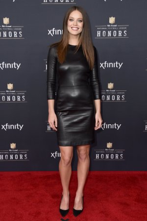 Emily DiDonato arrives at the 4th annual NFL Honors