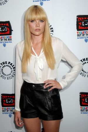 Emma Greenwell at Television: Out Of The Box