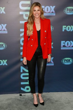 Erin andrews leather skirt — img 14