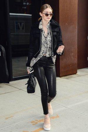 Gigi Hadid leaves her apartment