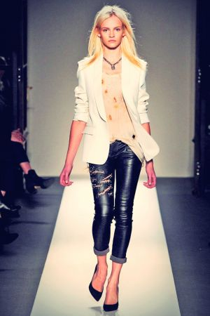 Ginta Lapina leather mix