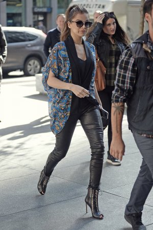 Hailee Steinfeld in NY Promoting Her New Single